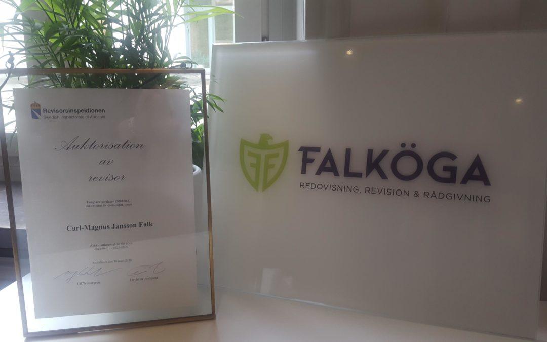 Carl-Magnus Falk har blivit auktoriserad revisor